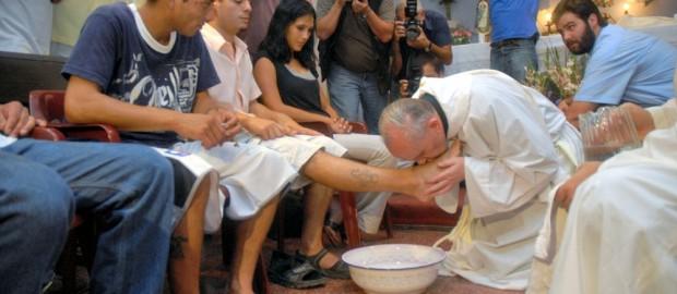 """Intervista a Papa Francesco: """"Sogno una Chiesa viva che torni per strada"""""""